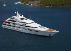 feadship-bnr1001-ocean-victory-front