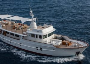 feadship-sultana-front