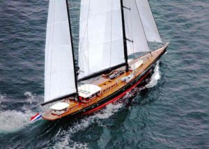 vitters-sailing-yacht-marie-back